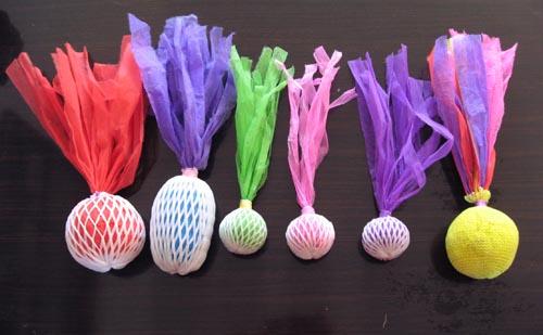 幼儿园自制纸球棒