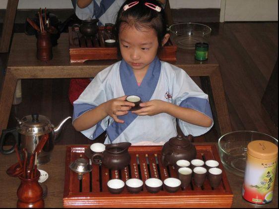 快乐茶道礼仪--泰安童学馆,泰安幼儿教育,泰安国学教育