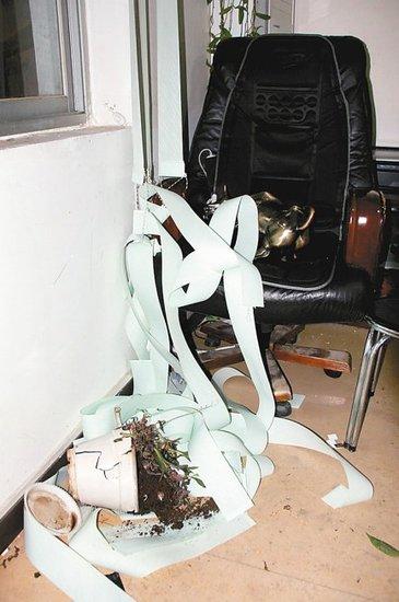 山阳县城管大队长办公室内被打伤 警方介入
