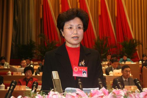 青海省第十一届人民代表大会第一次会议隆重开幕