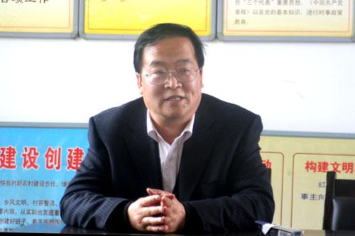 人大常委会主任王文波深入交道镇调研