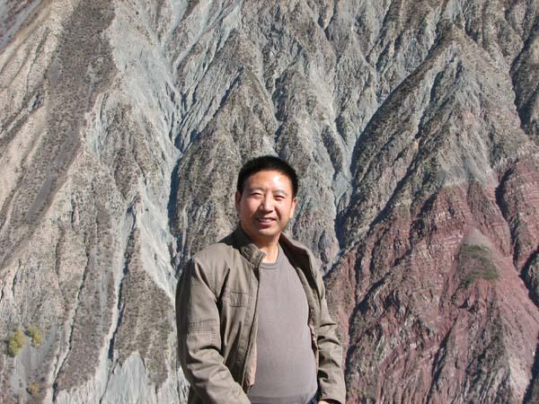 包少茂去新疆阿克苏,库尔勒采风写生