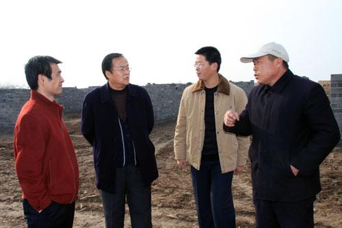 县人大常委会主任王文波调研交道镇学习实践科学发展观活动开展情况