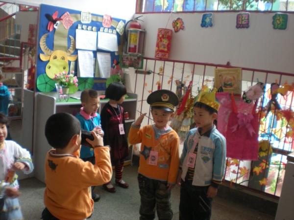 儿童舞蹈大家来照相