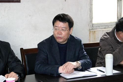 县委书记郭永峰深入我镇北棘茨村调研包联村经济社会
