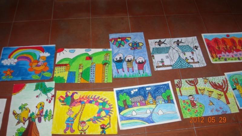 小学生画家乡的画
