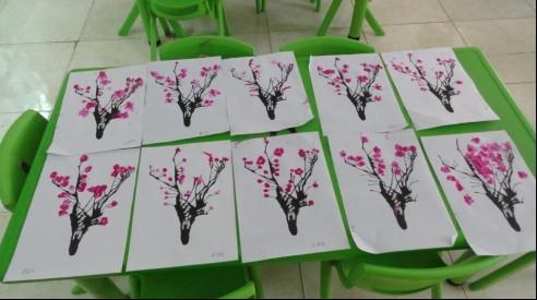 幼儿园创意手指点画图片分享